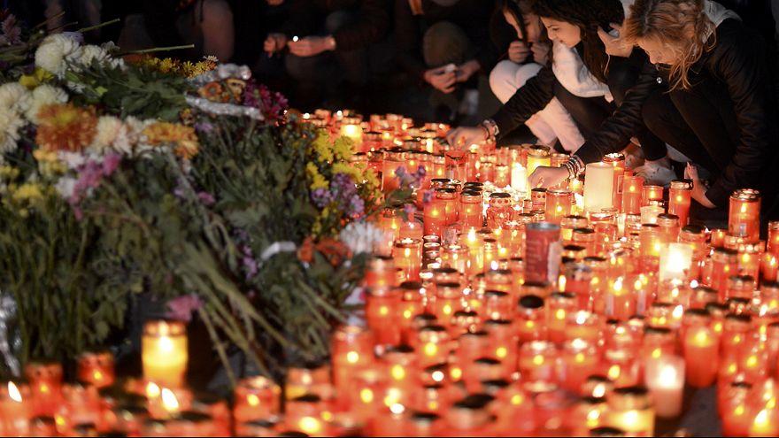 Aumentan a 39 los fallecidos por el incendio en un club nocturno de Bucarest