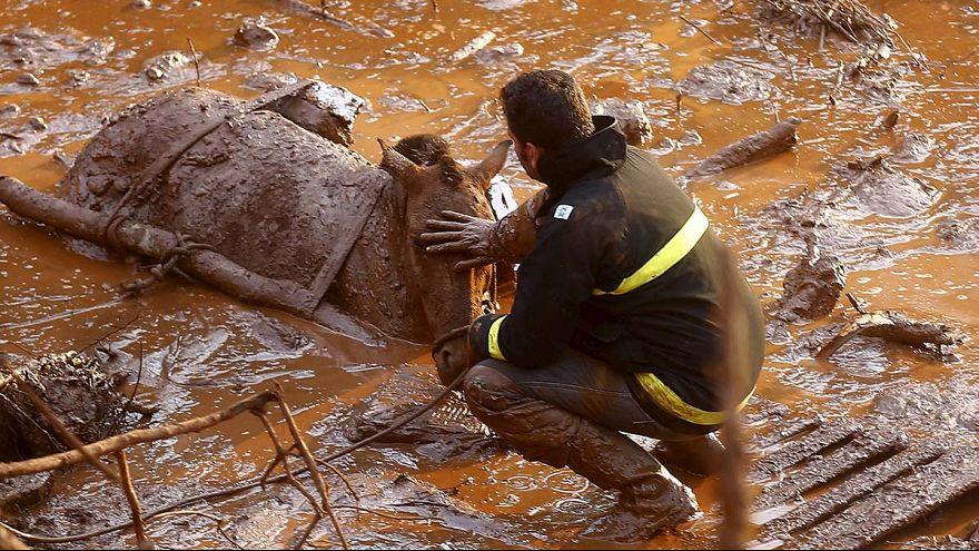Brasil sigue buscando supervivientes del accidente minero registrado el jueves en el sureste del país