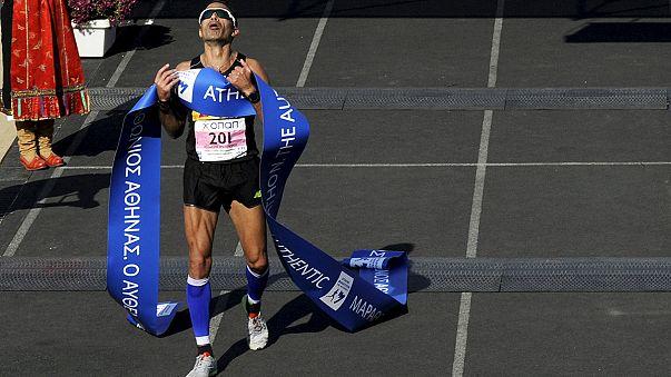 Atina Maratonu Afrikalı atletlerden yoksun koşuldu
