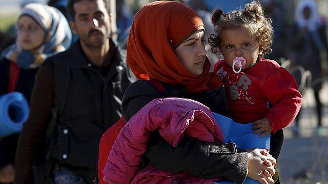 EU interior ministers discuss speeding up relocation of refugees
