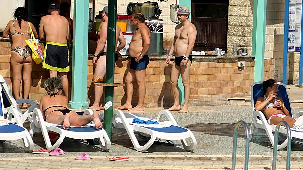 Sharm el-Sheikh to foreign tourists: 'please don't go'