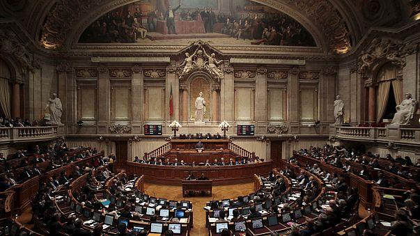 Portugal: governo com queda anunciada para esta terça-feira