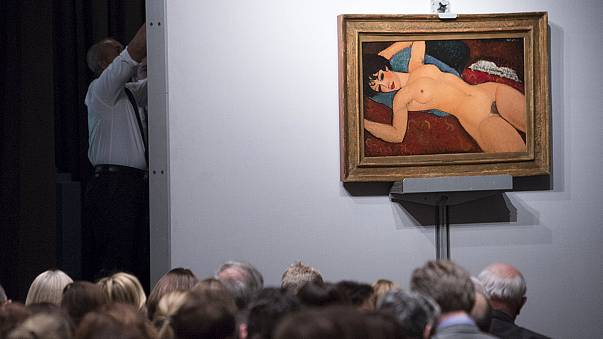 """Modigliani'nin """"Kırmızı Nü"""" tablosu rekor fiyata alıcı buldu"""