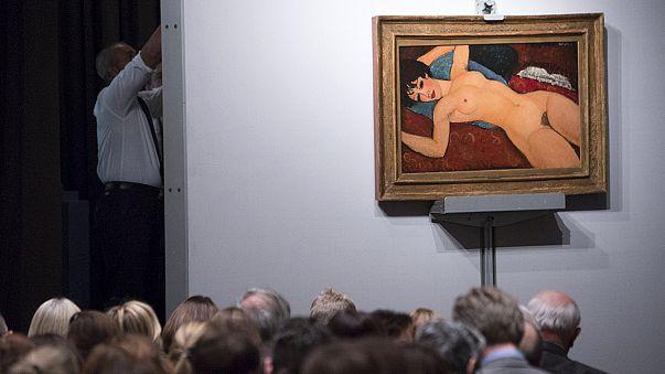 """Nu deitado"" de Modigliani bate recorde na Christie's"