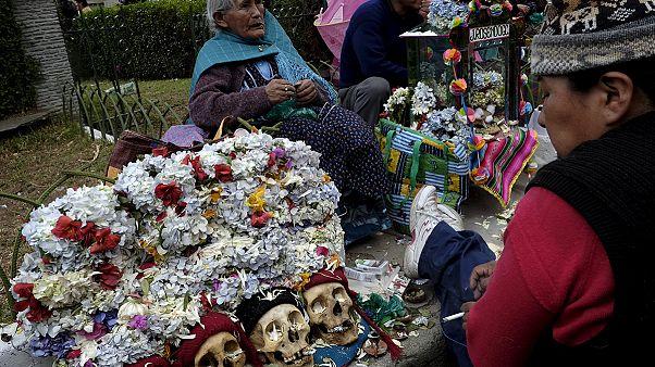 Боливия празднует День черепов