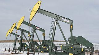 Agência Internacional de Energia aponta para petróleo nos 80 dólares em 2020