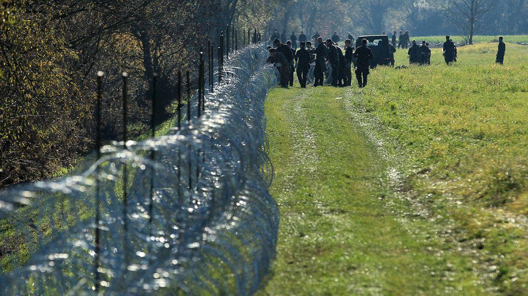 Épül a drótkerítés a szlovén-horvát határon