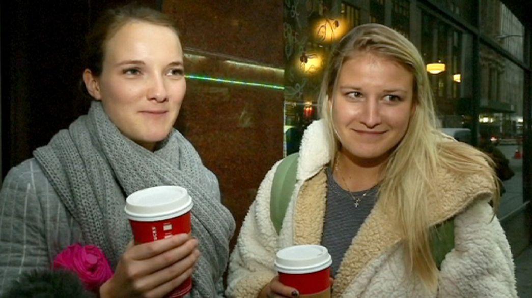 """Las tazas navideñas de Starbucks, tachadas de """"anticristianas"""" en Estados Unidos"""