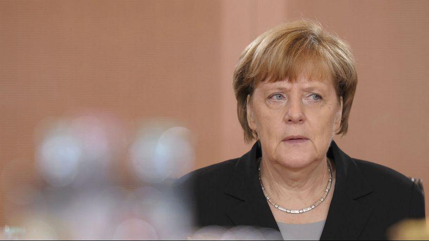 Merkel in der Krise: Kann sie sich noch im Sattel halten?