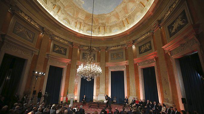 Portekiz: Solcular birleşti, hükümet düşürüldü