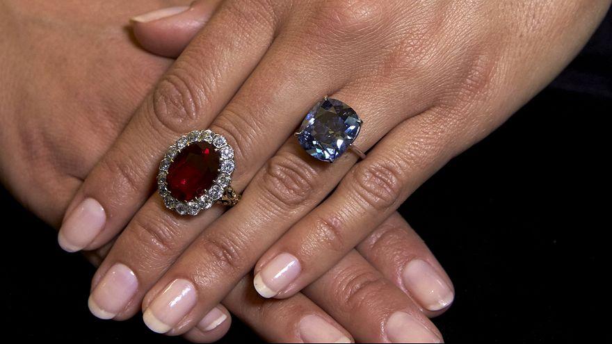 Rekordsumme: Blauer Diamant für 40 Millionen Euro versteigert