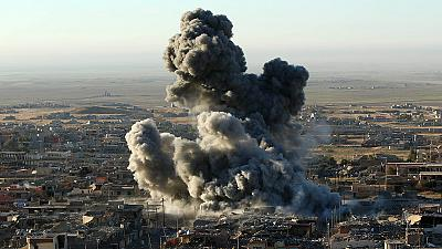Irak: vasta ofensiva de los 'peshmergas' y la coalición internacional para liberar Sinyar de manos de los yihadistas