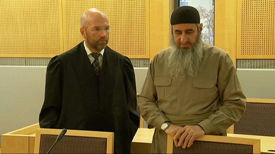 Razzien gegen Extremisten: Verdächtige sollen Gefängnisausbruch für Mullah Kreker geplant haben