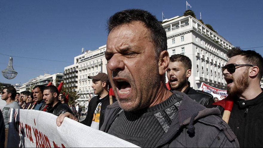 Grécia: Violência em primeira greve geral no novo governo de Tsipras