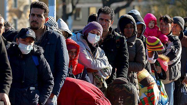 """وزير المالية الألماني يشبه أزمة اللاجئين ب """"الانهيار الثلجي"""""""