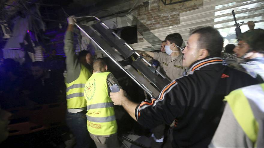 مقتل العشرات جراء تفجيرين انتحاريين هزا منطقة سكنية في الضاحية الجنوبية لبيروت