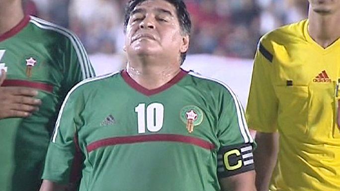 """مارادونا يتألق في العيون ويطالب الفيفا ب """"الشفافية"""""""