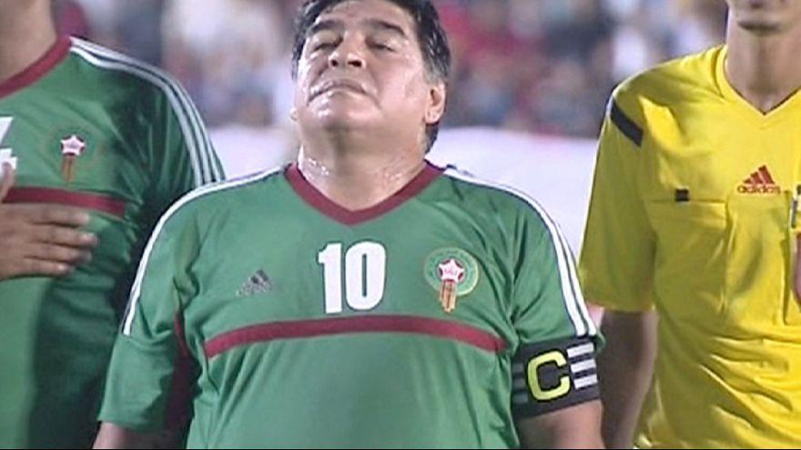 Maradona: Platini ve Blatter'e karşı mücadele ediyorum
