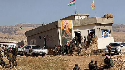 Las fuerzas kurdas entran en Sinyar, en el norte de Irak, en el marco de su ofensiva contra los yihadistas
