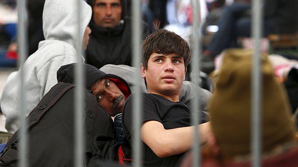 Aumentano i muri in Europa per frenare il flusso di migranti