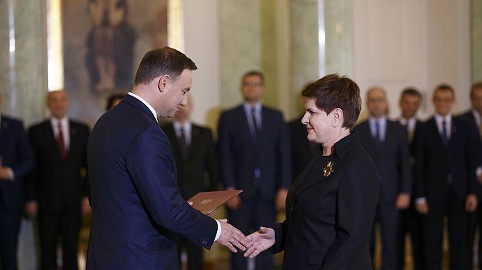 بياتا سيدلو تعين رسميا رئيسة لوزراء بولندا