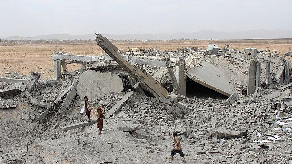 Los enfrentamientos armados en Yemén se han convertido en una crisis humanitaria