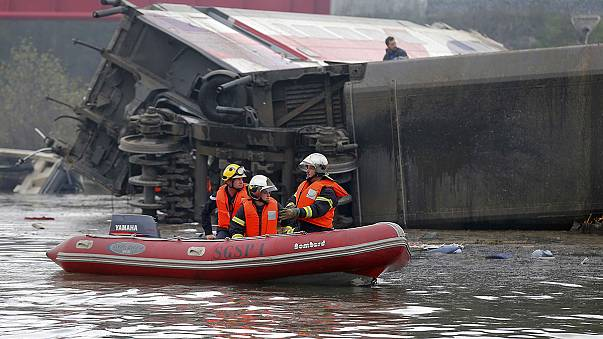 TGV: at least ten die as train plunges into canal