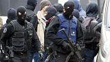 Bélgica acusa de acto terrorista a dos de los detenidos este fin de semana pero Salah Abdeslam sigue fugado