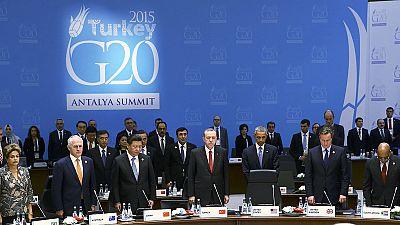 G20 e terrorismo: un minuto di silenzio. Colloquio Obama-Putin