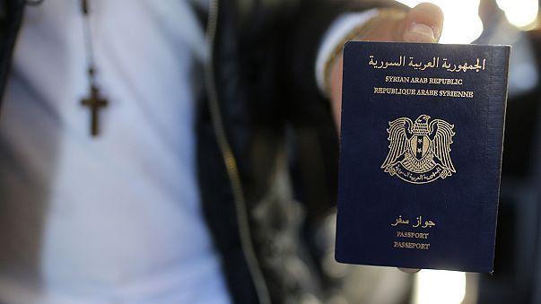 El pasaporte sirio encontrado en París ¿Una falsificación?