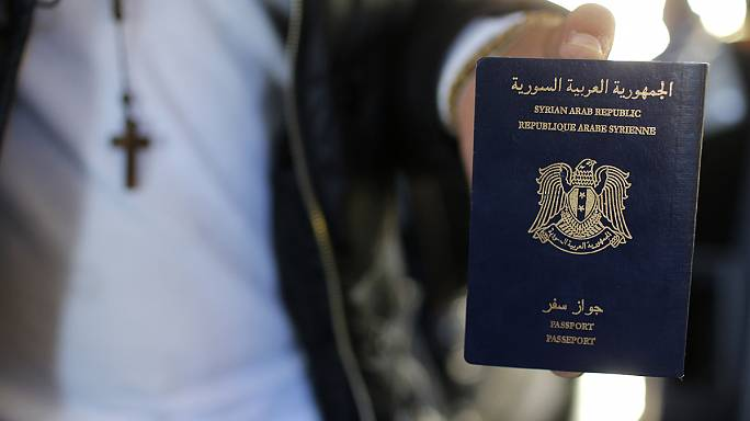 Теракты в Париже: найденный сирийский паспорт оказался поддельным