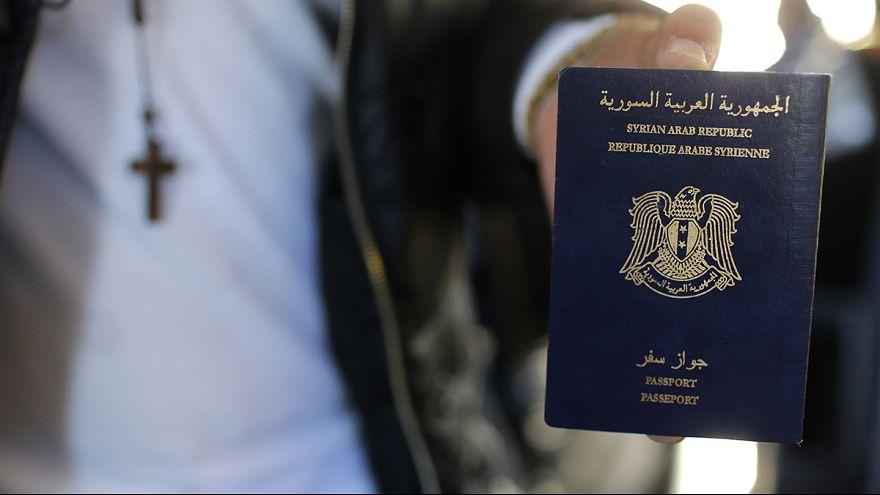 Passaporto siriano, non confermata identità kamikaze. Ministro greco: non legare terrorismo e crisi migratoria