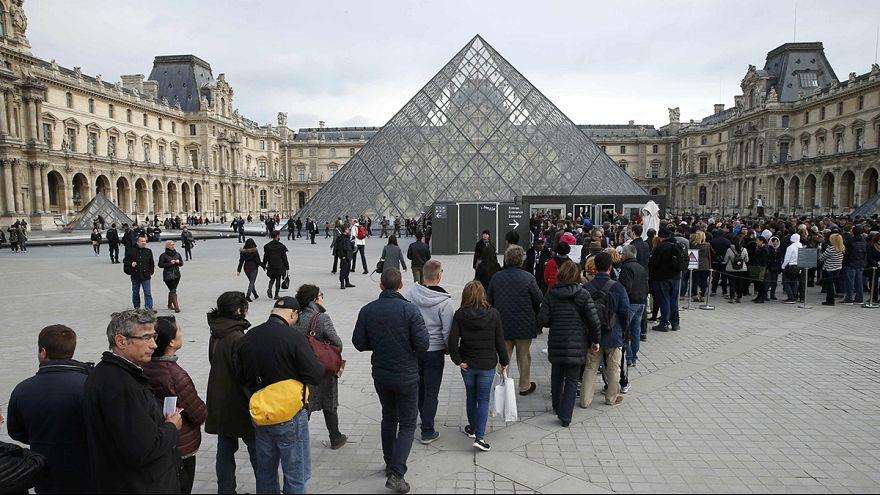 Paris - Terroristen zielten auch auf Touristen