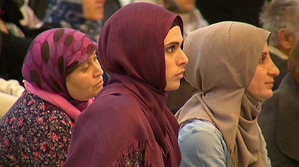 Muçulmanos de França rejeitam a amálgama