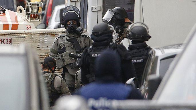 'Wanted and dangerous' - Still no sign of Salah Abdeslam after Paris attacks