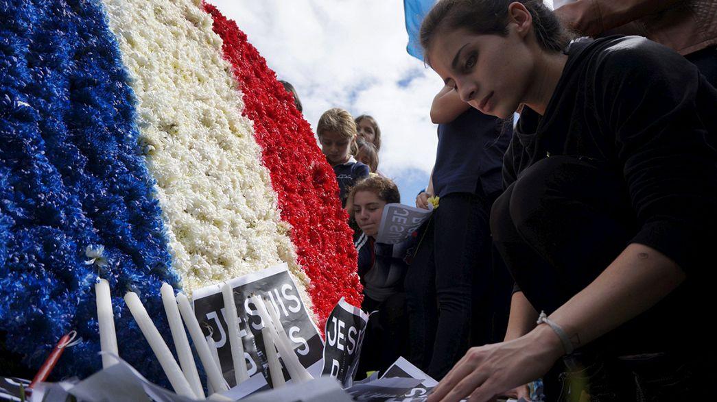 Emotion et appréhension dans un lycée parisien du XIème arrondissement après les attentats