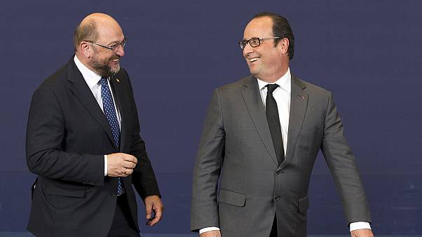 Martin Schulz à Versailles, pour exprimer le soutien européen à la France