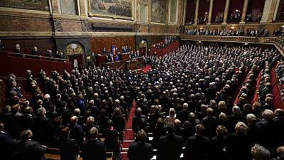 French MPs sing La Marseillaise in response to Paris attack – nocomment