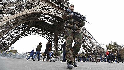 Francia declara la guerra al grupo Estado Islámico, pero ¿qué significa?