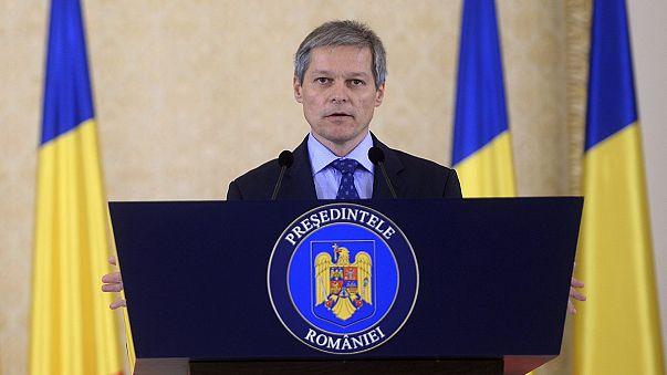 """El Parlamento rumano da su confianza al Gobierno de Dacian Ciolos, el """"azote de la corrupción"""""""