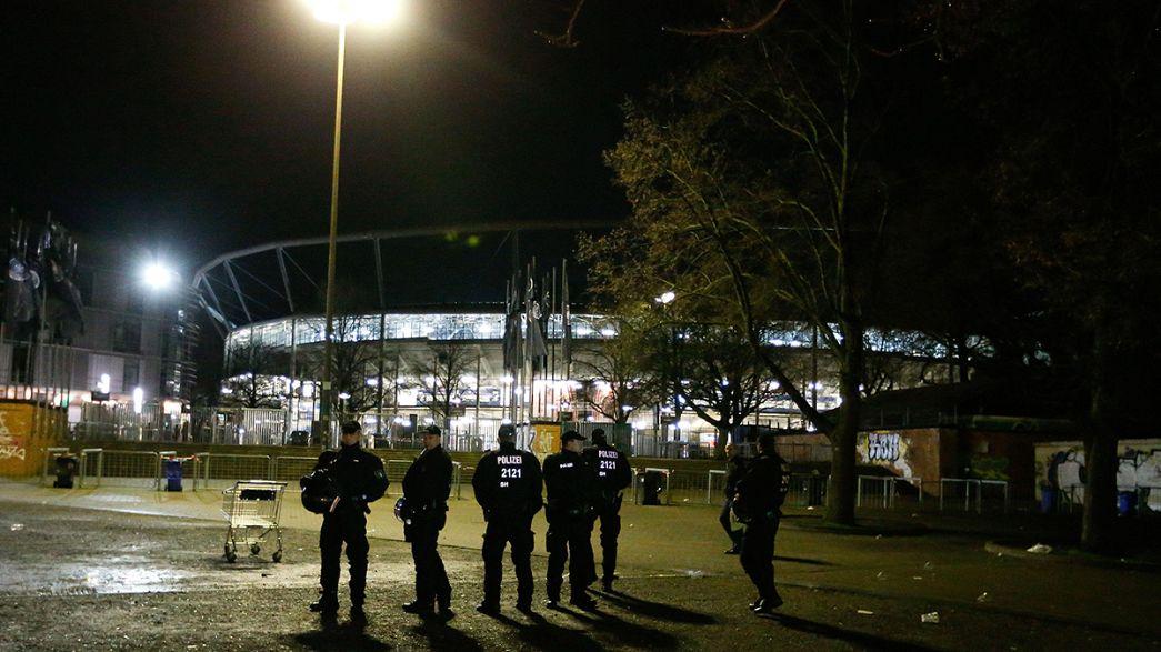 """Attentats/Football : le match Allemagne/Pays-Bas annulé """"pour protéger la population"""" (ministre)"""