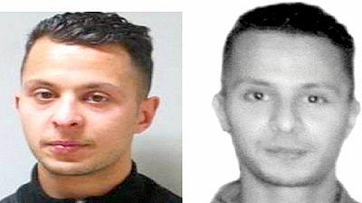Polizei sucht jetzt zwei flüchtige Paris-Attentäter