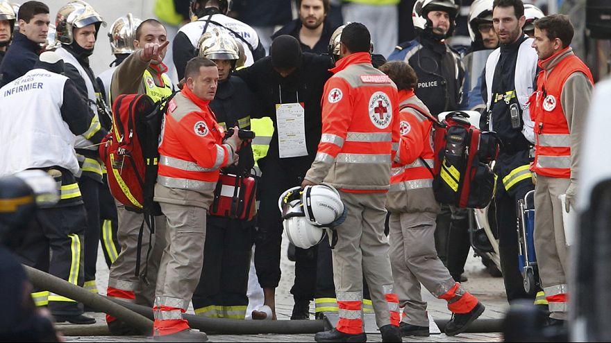 Saint Denis: Um cerco de sete horas