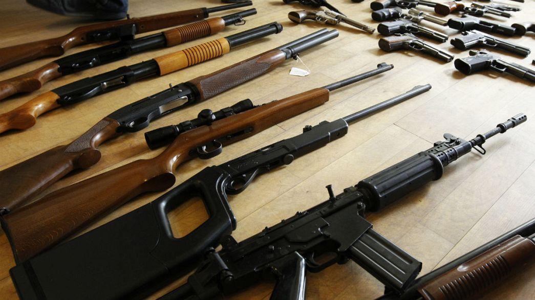 المفوضية الاوروبية تكافح بالقوانين مشكلة تهريب الأسلحة الى بلدان الاتحاد الاوروبي