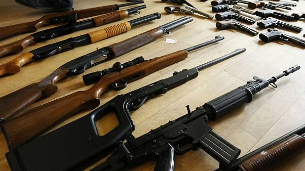 La Commission veut enrayer le trafic d'armes