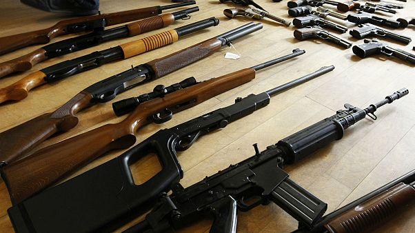 EU plans tougher gun rules