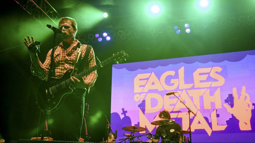 """""""Eagles of Death Metal"""" suspende todos sus conciertos hasta nuevo aviso"""
