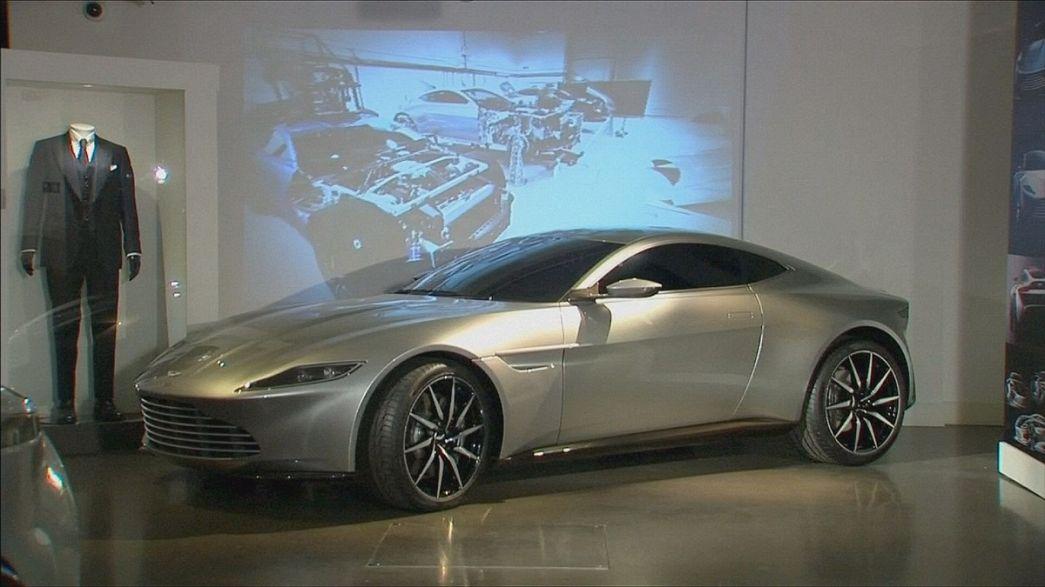 """Los coches de """"Spectre"""" en el London Film Museum"""