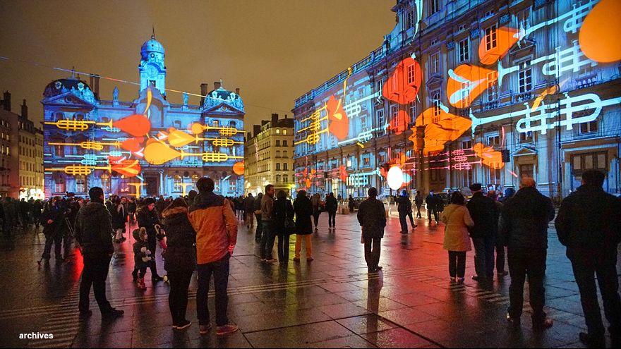 Lyon : la Fête des Lumières réduite à une seule journée d'hommage