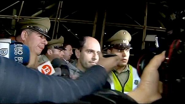 El expresidente de la federación chilena de fútbol se entrega al FBI